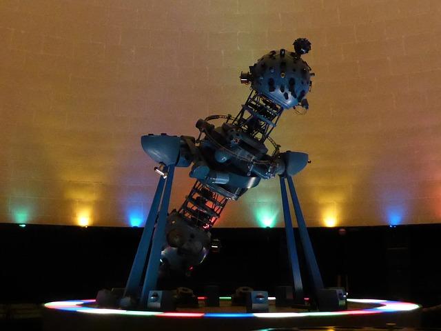 school holiday ideas adelaide kids zoo beachhouse glenelg planetarium