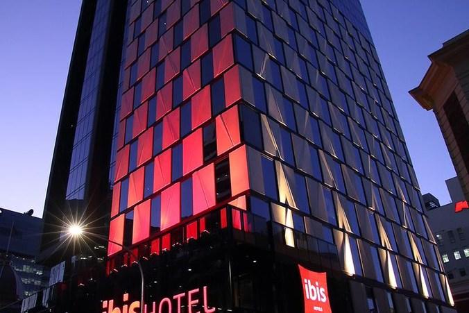 best corporate hotels hilton adelaide mayfair hotel majestic roof garden ibis
